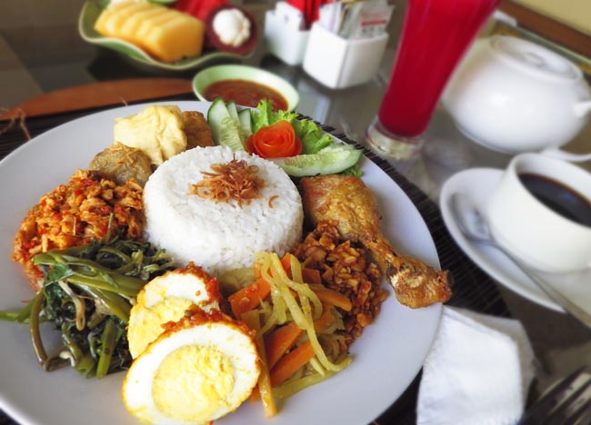 Indonesia Breakfast Nasi Campur